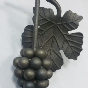 Кованая виноградная гроздь с листьями Арт. 21.05 С